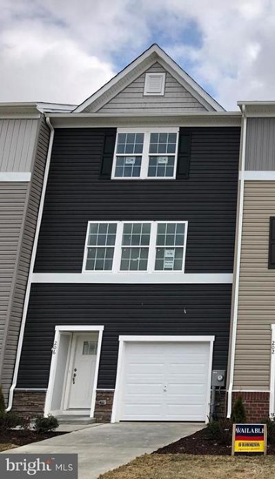 Martinsburg Townhouse For Sale: 213 Vespucci Lane