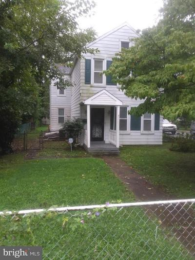 Hyattsville Single Family Home For Sale: 5111 Decatur Street