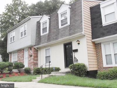 Temple Hills Townhouse For Sale: 2054 Chadwick Terrace