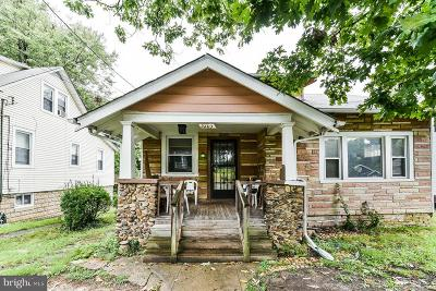 Single Family Home For Sale: 3205 Central Avenue NE