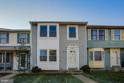 Columbia Townhouse For Sale: 6065 Cedar Wood Drive