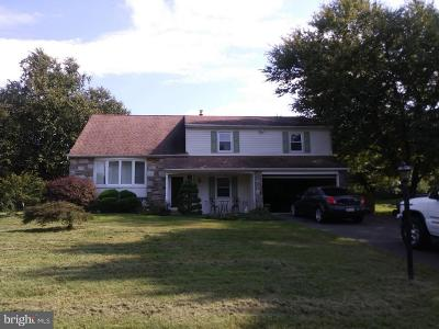 Holland PA Single Family Home For Sale: $380,000