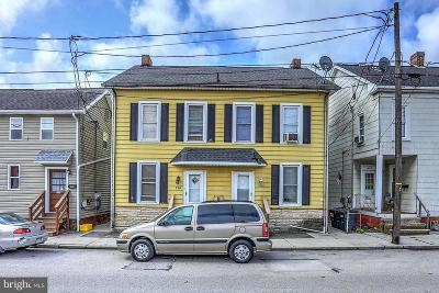 Hanover Multi Family Home For Sale: 216 & 218 N Franklin Street