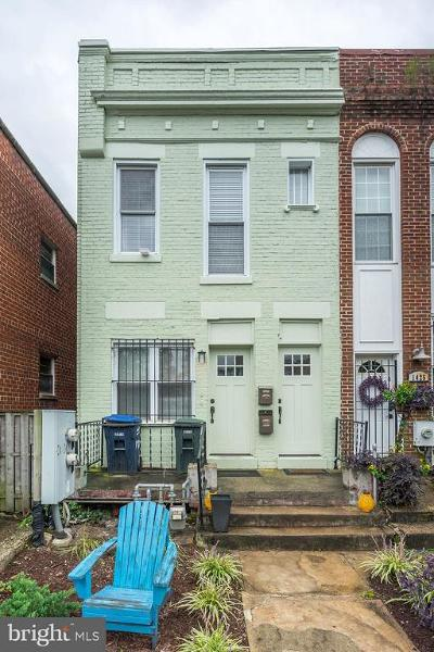Washington DC Townhouse For Sale: $699,000