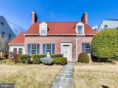 Single Family Home For Sale: 4931 Butterworth Place NW