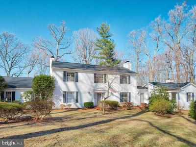 Prince William County Single Family Home For Sale: 3810 Delashmutt Drive