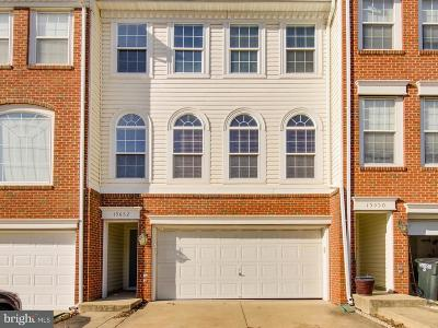 Woodbridge Townhouse For Sale: 15652 Avocet Loop