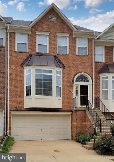 Alexandria Townhouse For Sale: 5265 Cozy Glen Lane