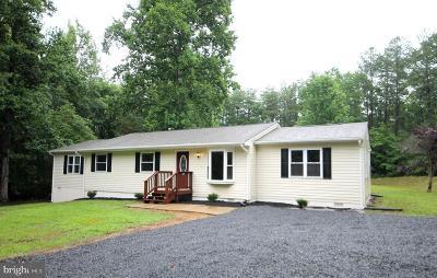 Single Family Home For Sale: 142 Powhatan Trail