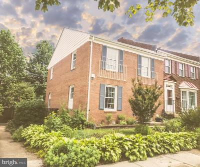 Springfield Townhouse For Sale: 8069 Powderbrook Lane