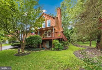 New Market Single Family Home For Sale: 6910 Meadowlake Road