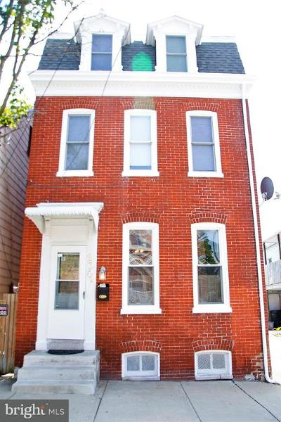 Columbia Single Family Home For Sale: 230 Walnut Street
