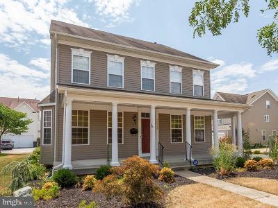 Single Family Home For Sale: 44010 Bellflower Way