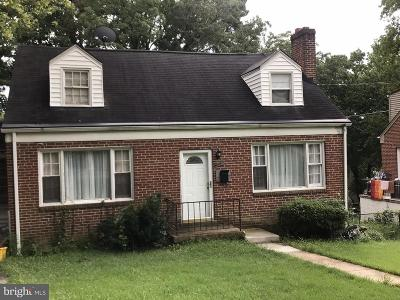 Hyattsville Single Family Home For Sale: 5611 Elberton Court