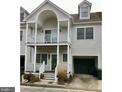 Atlantic County Townhouse For Sale: 32 Schooner Court