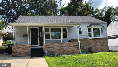 Hyattsville Single Family Home For Sale: 5609 Decatur Place