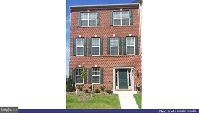 Glenarden Townhouse Under Contract: 9420 Geaton Park Place