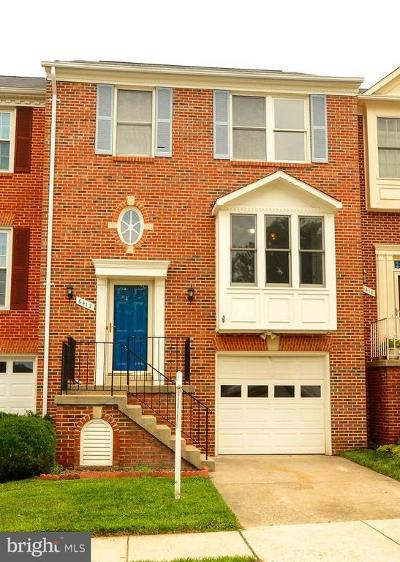 Centreville Townhouse For Sale: 6412 Overcoat Lane