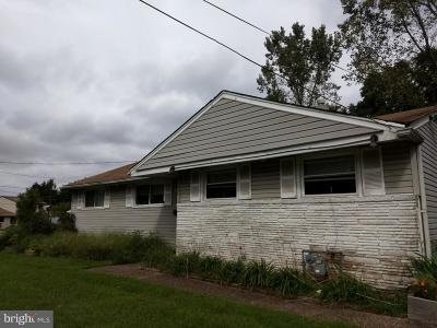 Edgewater Single Family Home For Sale: 101 S Garden Boulevard