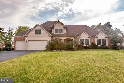 Chambersburg Single Family Home For Sale: 3288 Muirfield Drive