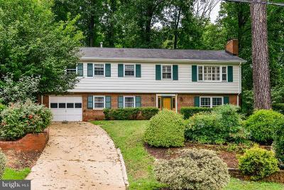 Fairfax Single Family Home For Sale: 9210 Bayard Place