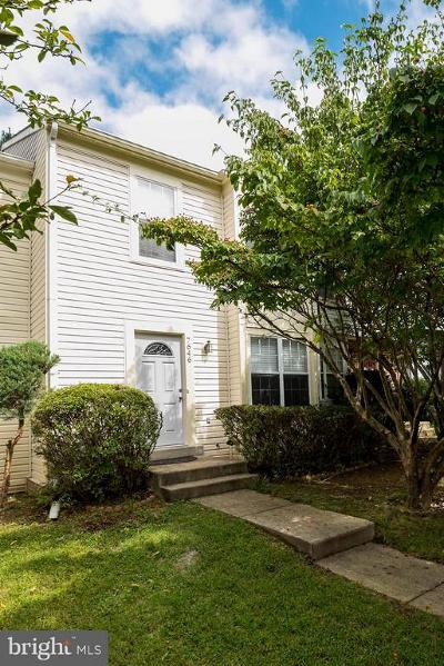 Gaithersburg Townhouse For Sale: 7646 Elioak Terrace
