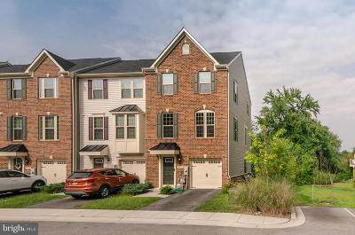 Glen Burnie Townhouse For Sale: 8110 Falcon Crest Drive