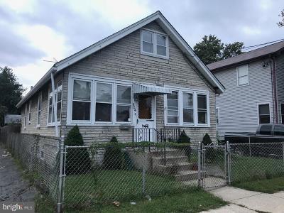 Gloucester City Single Family Home For Sale: 904 Center Street