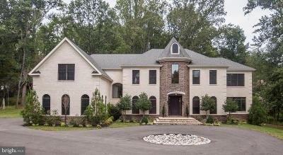 Potomac Single Family Home For Sale: 10515 Tulip Lane