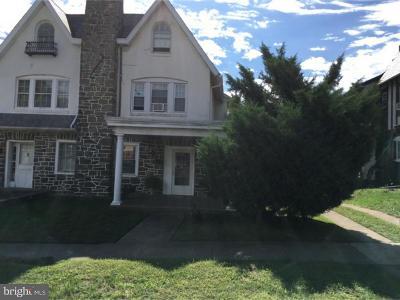 Philadelphia PA Single Family Home For Sale: $255,000