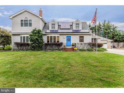 Bordentown Single Family Home For Sale: 10 Linden Road