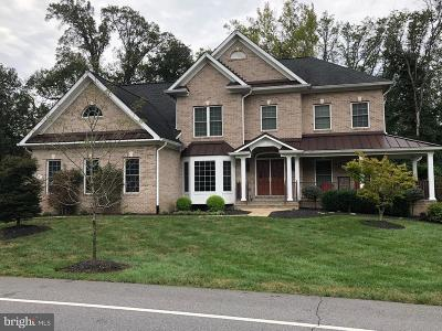 Upper Marlboro Single Family Home For Sale: 715 Bleak Hill Place