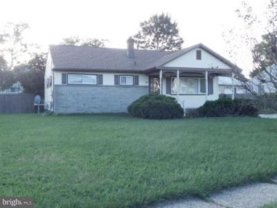 Glassboro Single Family Home For Sale: 200 Moldoff Road