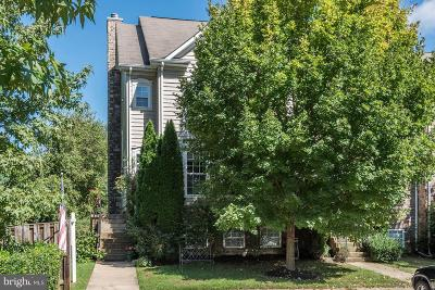 Loudoun County Townhouse For Sale: 408 Yorkshire Ridge Court