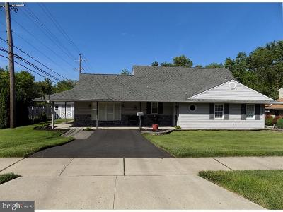 Levittown PA Single Family Home For Sale: $300,000