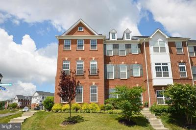 Loudoun County Townhouse For Sale: 23147 Hanworth Street