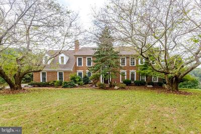 Upper Marlboro Single Family Home For Sale: 1215 Heritage Hills Drive