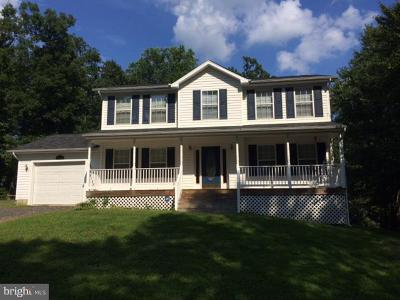 Lusby Single Family Home For Sale: 15520 Running Fox Circle