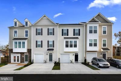 Glen Burnie Townhouse For Sale: 119 Pond View Drive