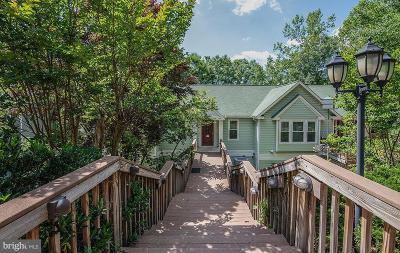 Aquia Harbour Single Family Home For Sale: 207 Bulkhead Cove