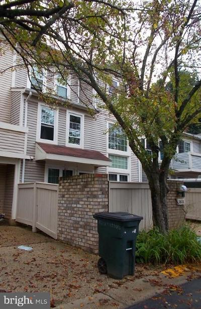 Montgomery Village Townhouse For Sale: 8808 Rustburg Circle