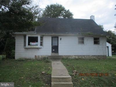 Bensalem Single Family Home For Sale: 1072 Richardson Avenue