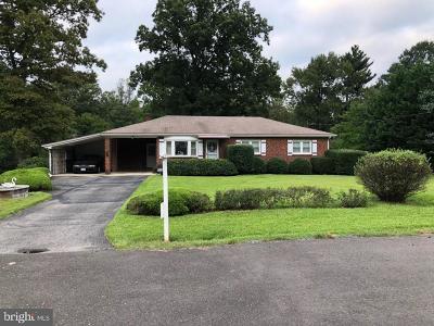 Clinton Single Family Home Active Under Contract: 8108 Sonar Road
