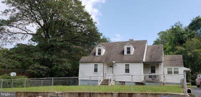 Capitol Heights Single Family Home For Sale: 1100 Capitol Heights Boulevard