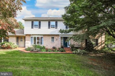York Single Family Home For Sale: 722 Dogwood Circle