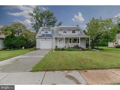 Hamilton Single Family Home For Sale: 22 James Place