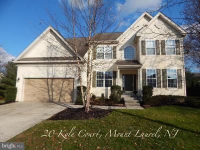 Mount Laurel Single Family Home For Sale: 20 Kyle Court