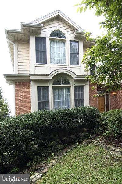 Fairfax Station VA Single Family Home For Sale: $799,900