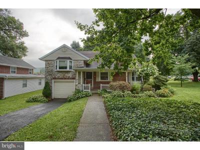 Single Family Home For Sale: 705 Byram Street