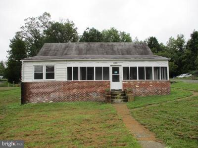 Charles County Single Family Home For Sale: 4022 Dunnington Thomas Place